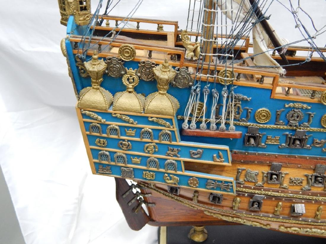 SCALE MODEL OF A DETAILED  BRITISH WAR SHIP - 2