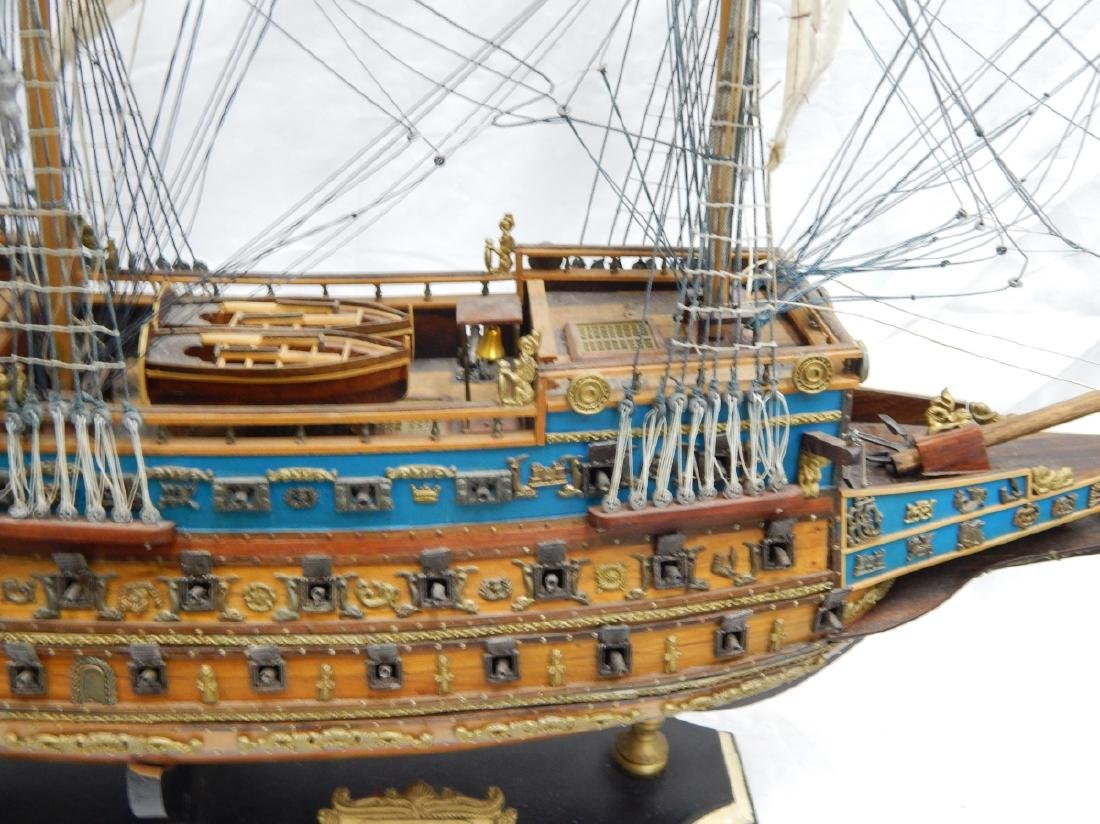 SCALE MODEL OF A DETAILED  BRITISH WAR SHIP - 4