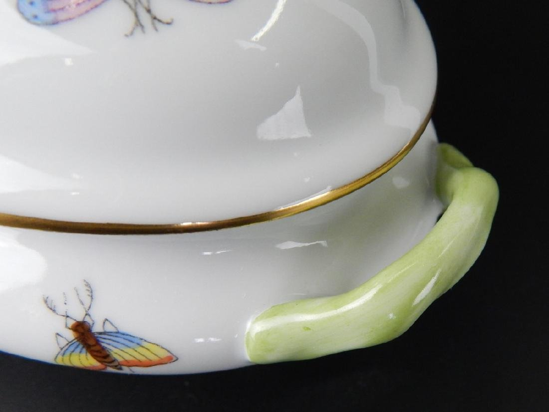 HEREND QUEEN VICTORIA COVERED PORCELAIN TUREEN - 5