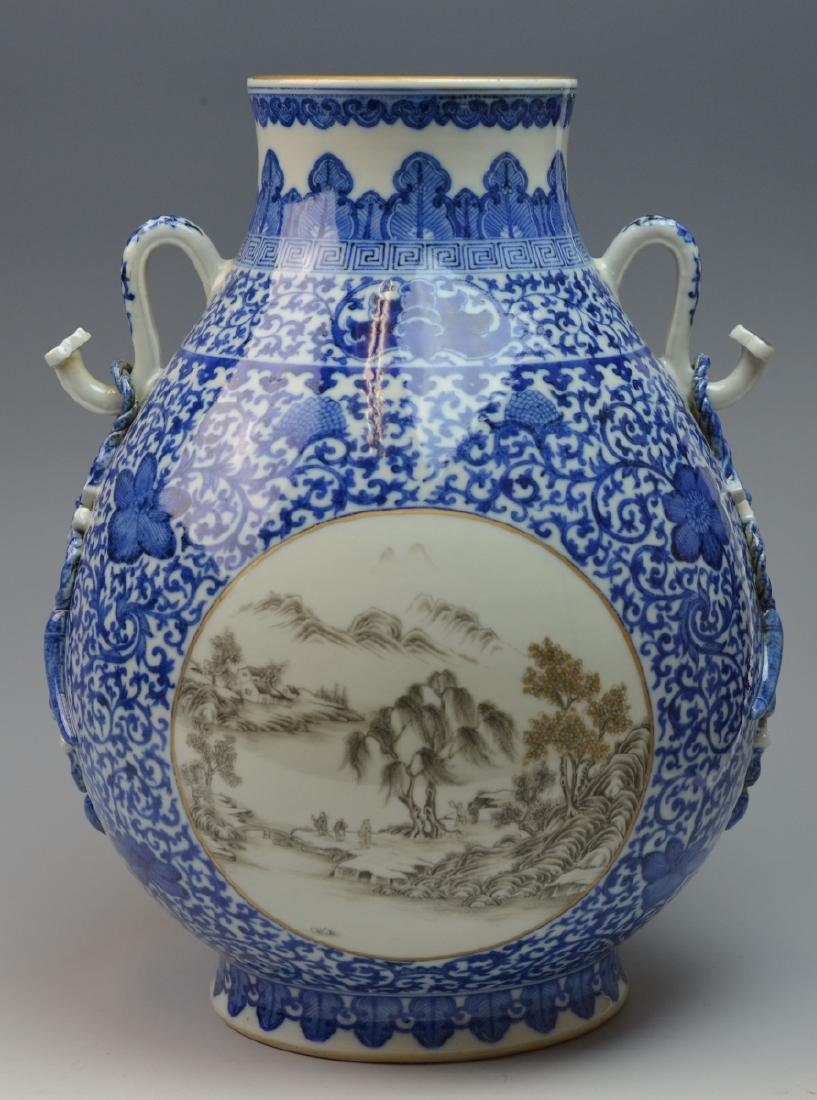 19th CHINESE BLUE & WHITE LANDSCAPE PORCELAIN VASE