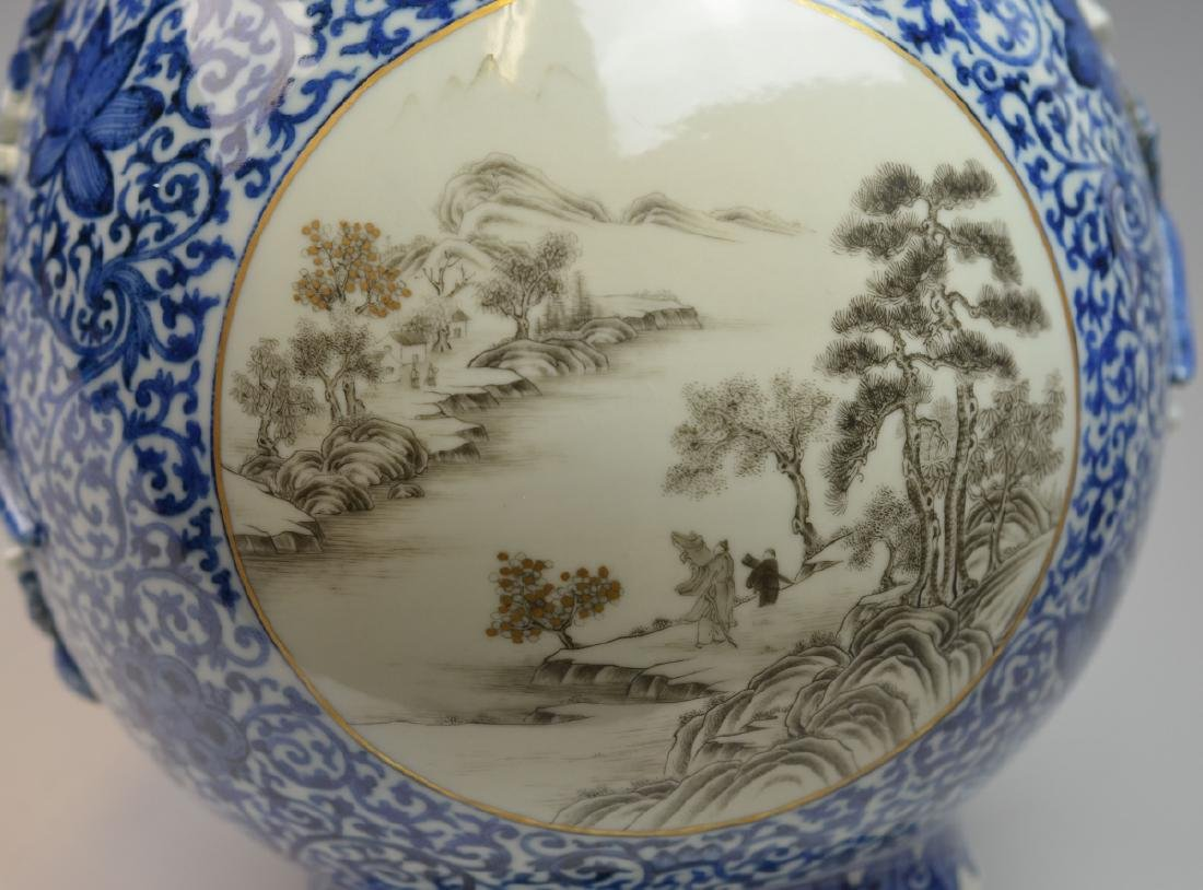 19th CHINESE BLUE & WHITE LANDSCAPE PORCELAIN VASE - 6