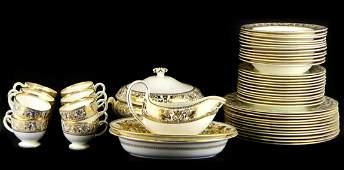 51pc WEDGWOOD FLORENTINE GOLD CHINA DINNER SET