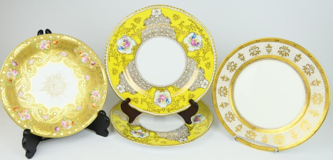 4 ANTIQUE CONTINENTAL HAND PAINTED DINNER PLATES