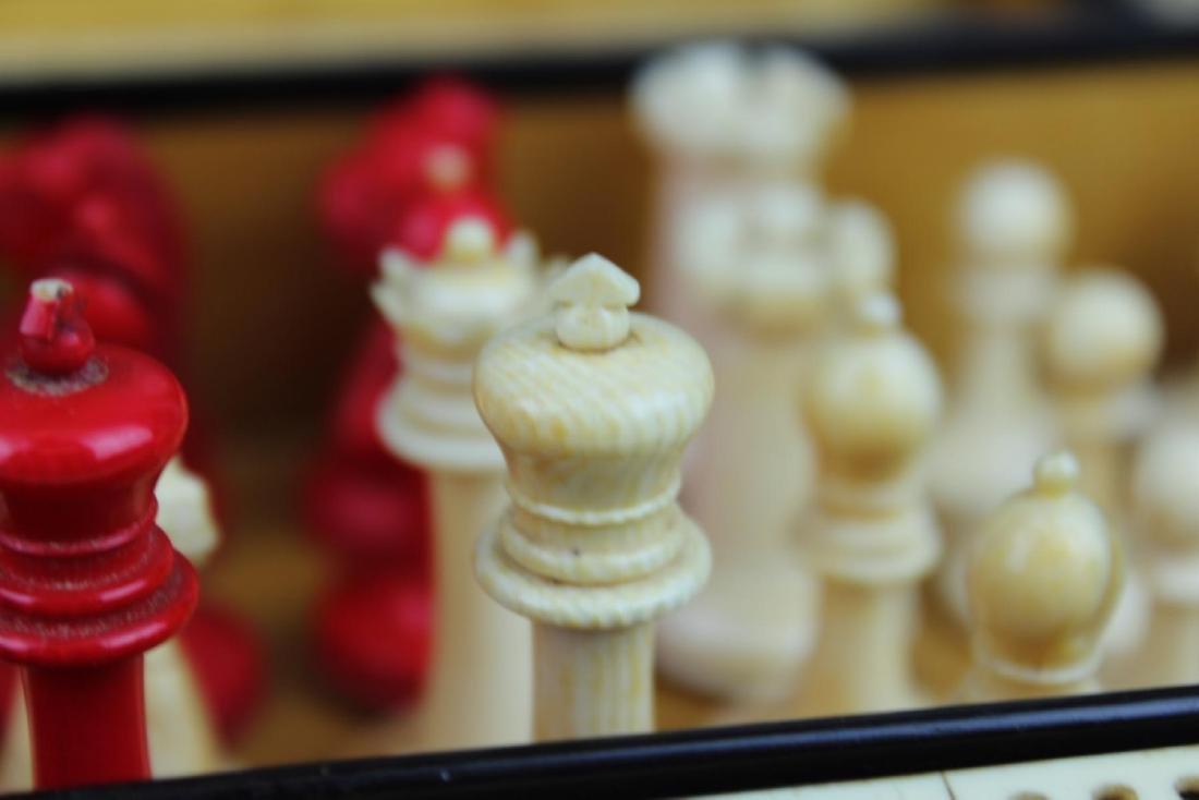 ANTIQUE ENGLISH MAPPIN & WEBB BURLWOOD GAME BOX - 6