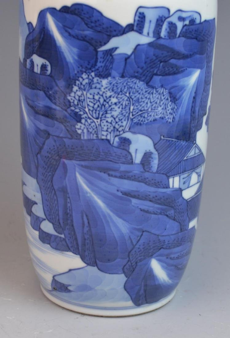 ANTIQUE CHINESE HAND PAINTED BLUE & WHITE VASE - 2