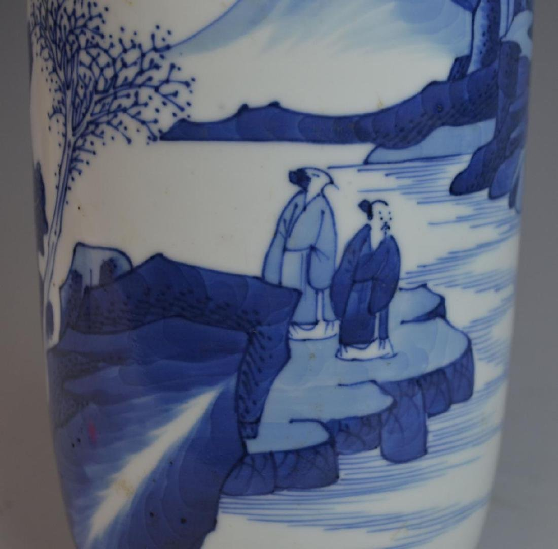 ANTIQUE CHINESE HAND PAINTED BLUE & WHITE VASE - 4