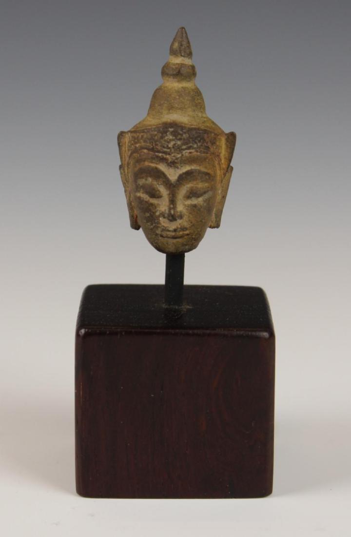 ANTIQUE STONE BUDDHA HEAD ON BASE