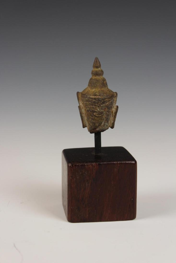 ANTIQUE STONE BUDDHA HEAD ON BASE - 3