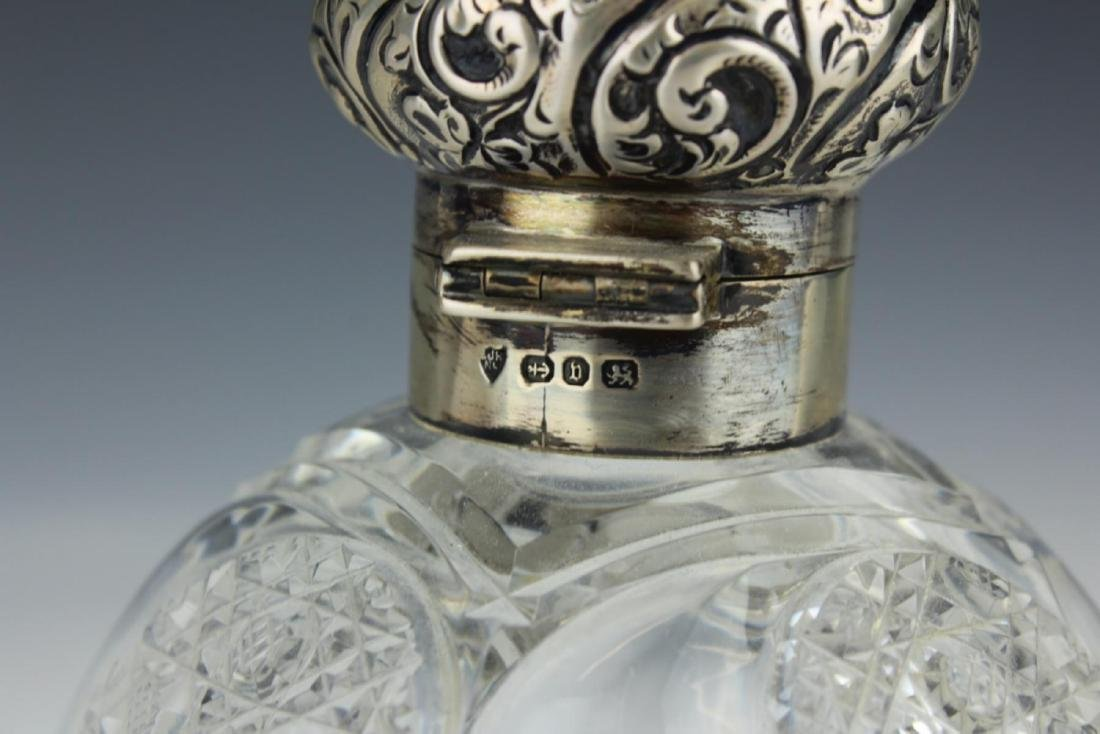 ANTIQUE ENGLISH STERLING SILVER PERFUME BOTTLE - 4