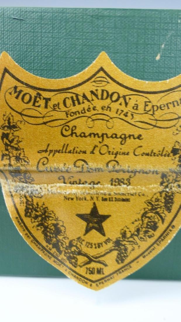 1983 MOET ET CHANDON DOM PERIGNON w BOX - 4