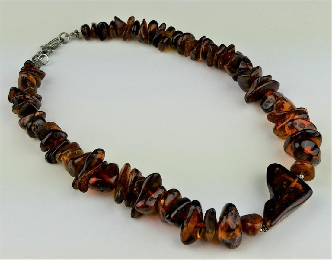 BALTIC AMBER BEADED SINGLE STRAND NECKLACE