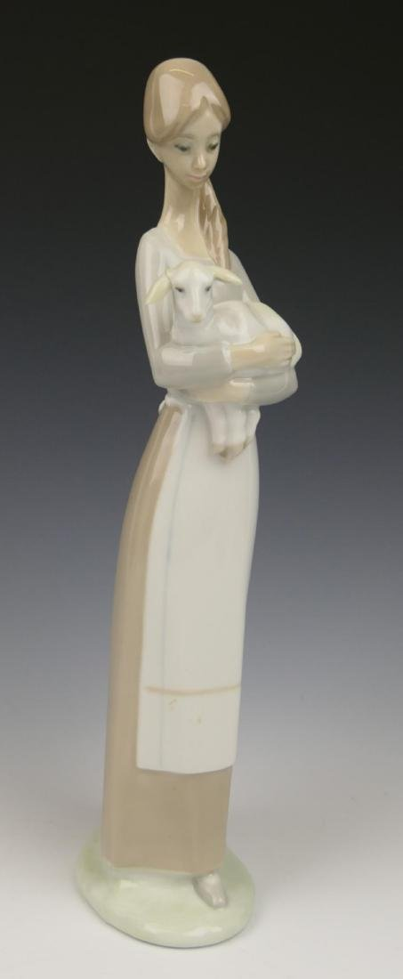 """LLADRO PORCELAIN FIGURE """"GIRL WITH LAMB"""" 4505"""