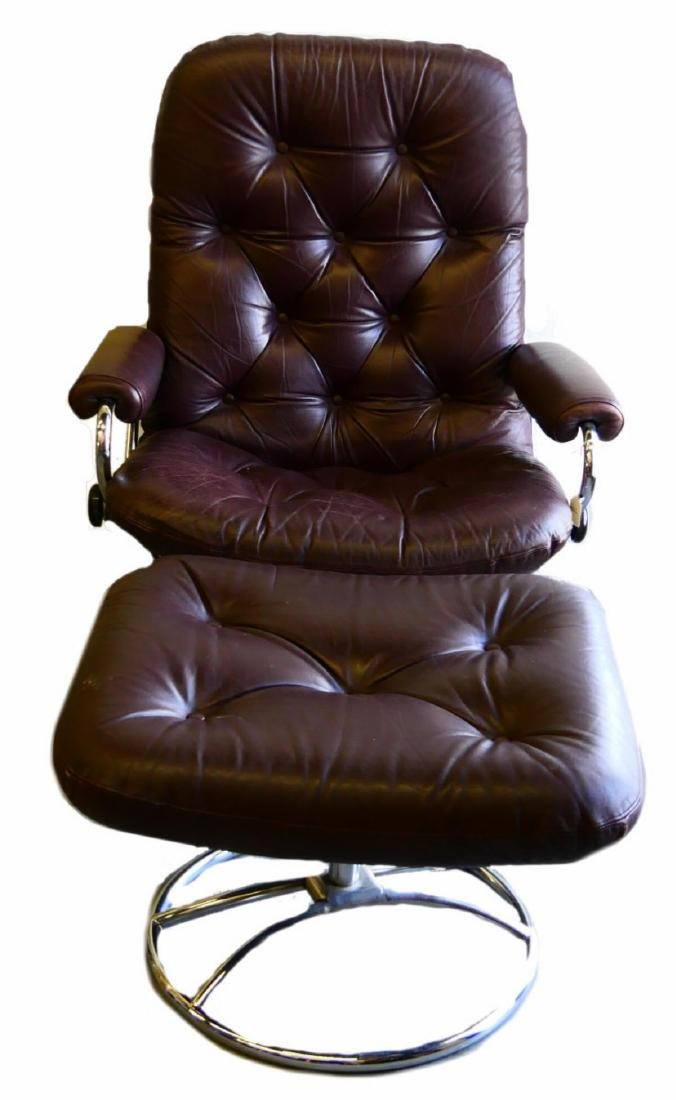 EKORNES TUFTED LEATHER STRESSLESS CHAIR & OTTOMAN