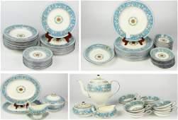 91pc WEDGWOOD FLORENTINE BLUE DINNERWARE SET