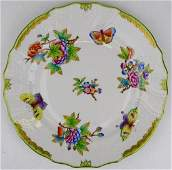 """HEREND HUNGARY """"QUEEN VICTORIA"""" GREEN DINNER PLATE"""