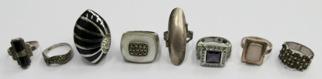 LOT OF (8) VINTAGE STERLING RINGS WITH STONES