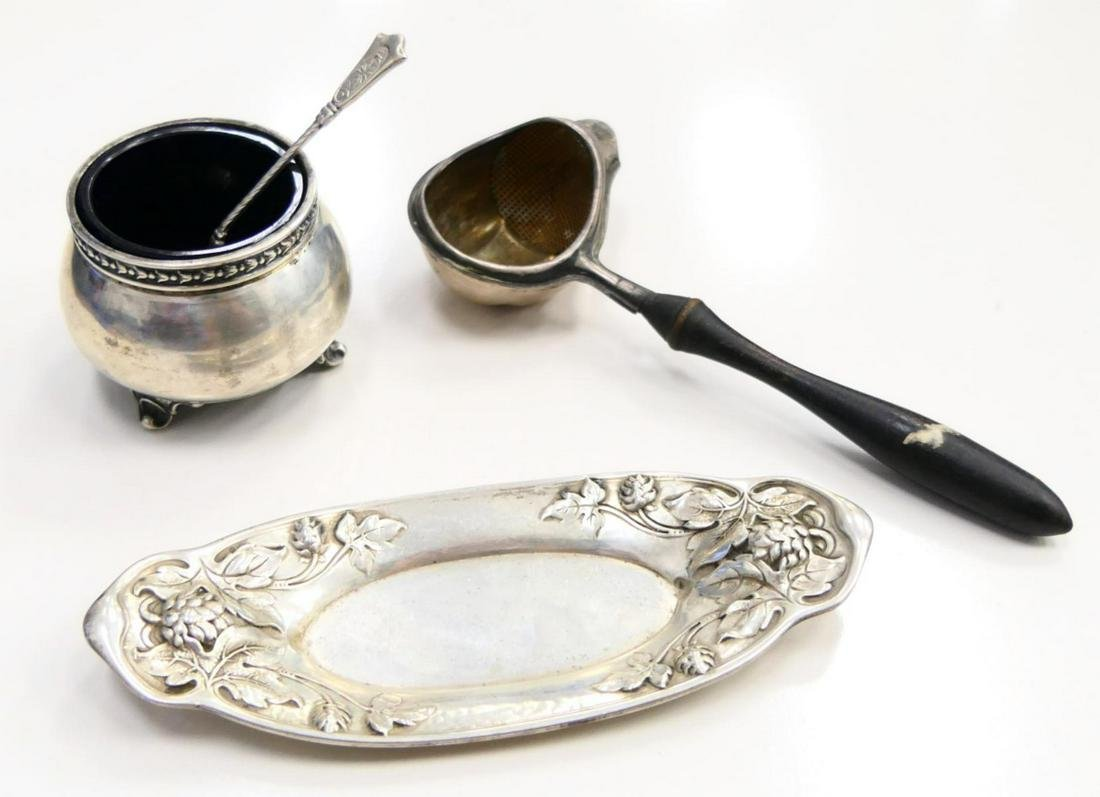 3pcs MISC ANTIQUE STERLING SILVER TABLEWARE ITEMS