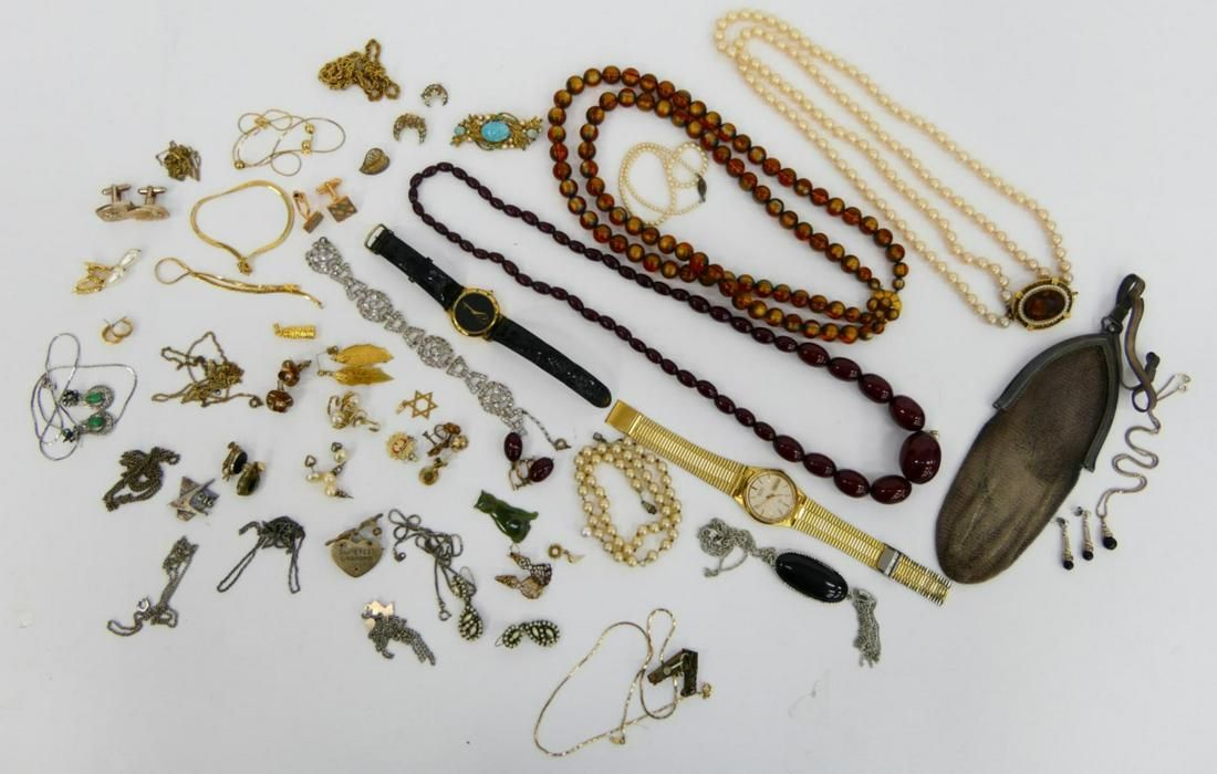LARGE LOT OF VARIOUS VINTAGE JEWELRY SILVER PURSE