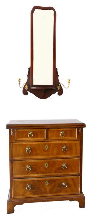 SMALL SIDE TABLE WITH WALL MIRROR ABOVE