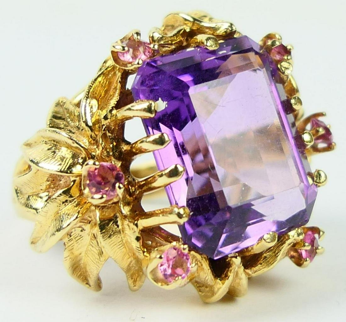 FABULOUS 14KT Y GOLD AMETHYST COCKTAIL RING