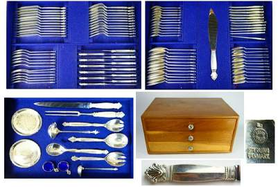 GEORG JENESEN 110 PC. ACANTHUS STERLING FLATWARE