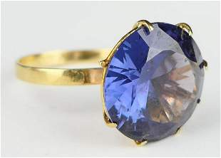 ANTIQUE 5 CT SAPPHIRE AND 14KT GOLD RING