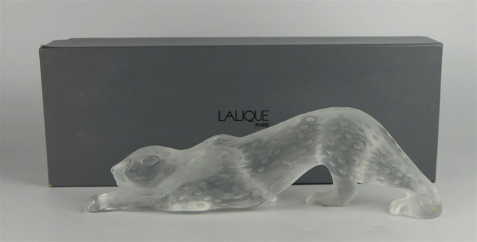 LALIQUE MOLDED CRYSTAL FROSTED LEOPARD WITH BOX