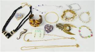LARGE LOT OF VINTAGE COSTUME JEWELRY SOME SIGNED