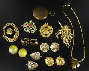 NICE LOT VINTAGE COSTUME JEWELRY TO INC ARMY WATCH