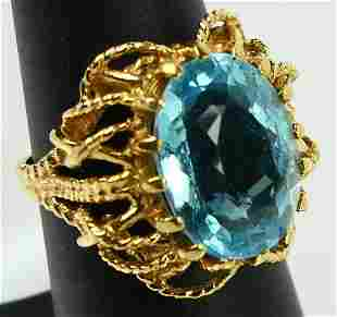 14KT YELLOW GOLD & 3CT BLUE TOPAZ LADIES RING