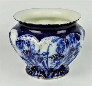 19TH CENTURY WEDGWOOD BLUE & WHITE JARDINERE