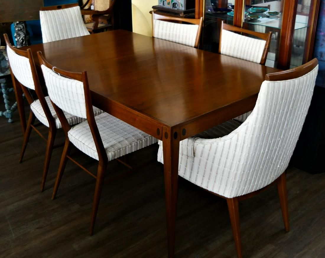 PAUL MCCOBB DINING ROOM TABLE AND (6) CHAIRS