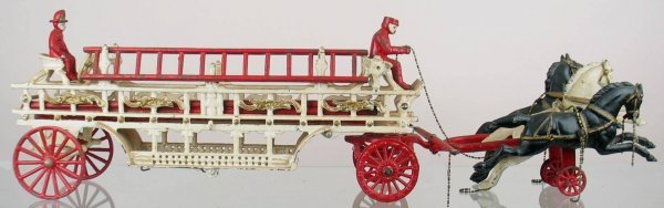 8X: Toy horse drawn fire engine with two firemen