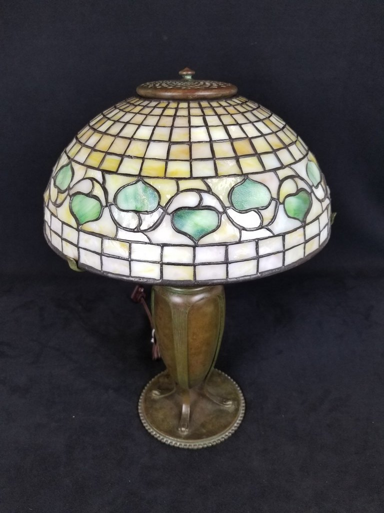 TIFFANY STUDIOS NEW YORK 23563  ACORN LEADED LAMP