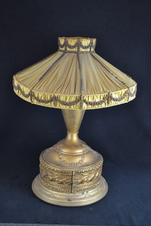 RARE VICTROLA LAMP