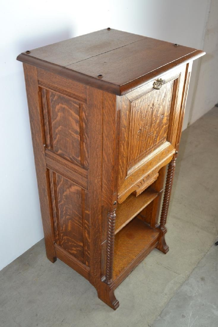 1900'S AMERICAN OAK CABINET WITH BUILT IN SAFE - 6