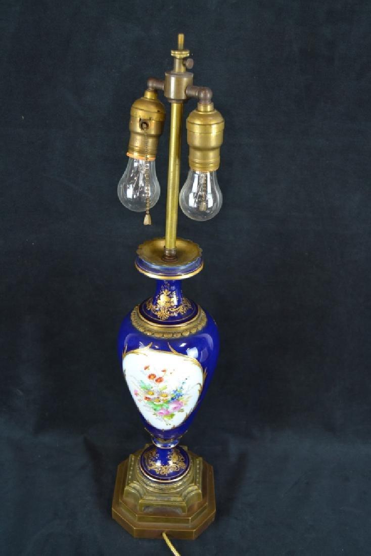 ANTIQUE SEVRES STYLE PORCELAIN TABLE LAMP - 4