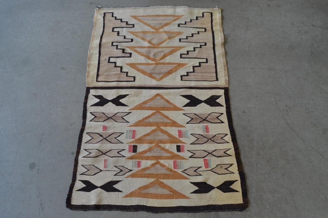 NAVAJO NATIVE AMERICAN RUG OR BLANKET