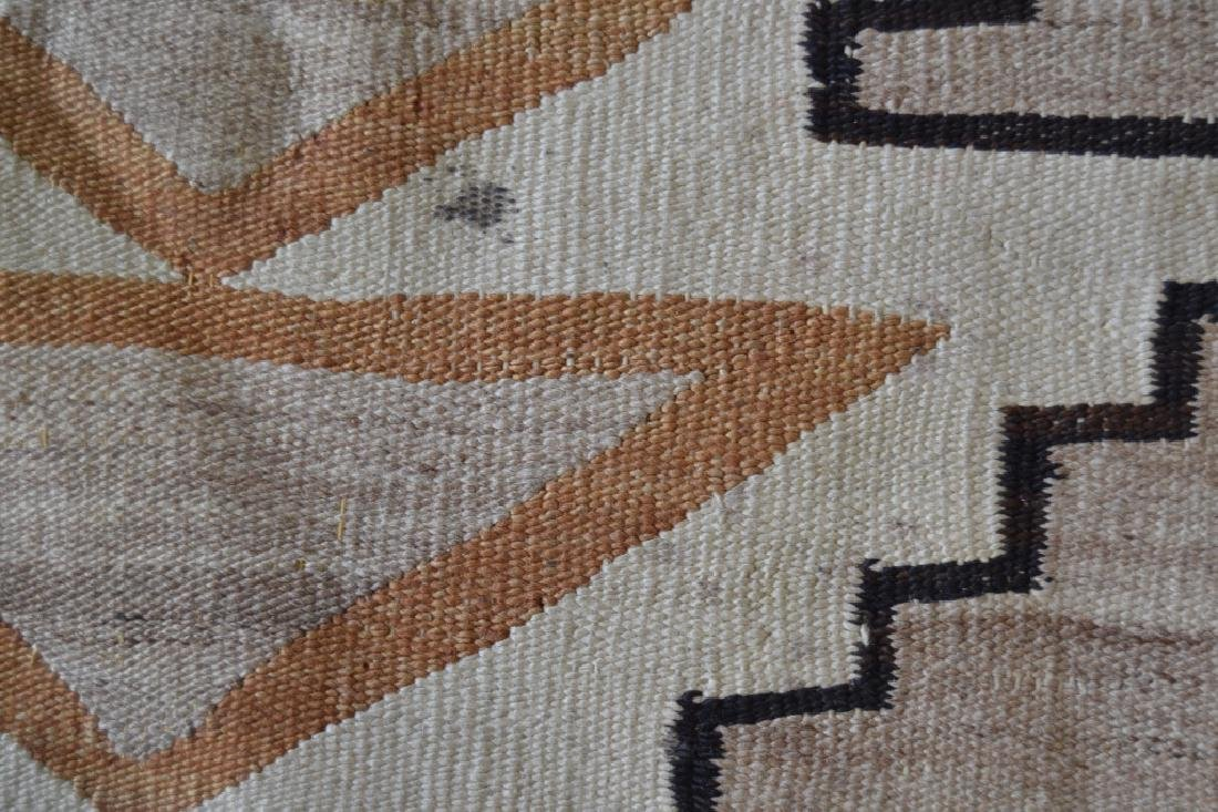 NAVAJO NATIVE AMERICAN RUG OR BLANKET - 3