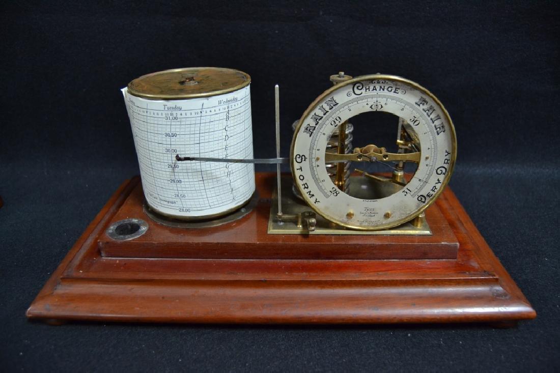 CIRCA 1910 ENGLISH RECORDING BAROMETER - 2
