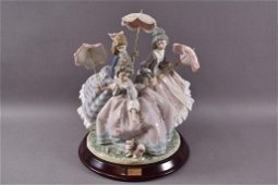 THREE SISTERS LLADRO #1492 WITH WOOD BASE