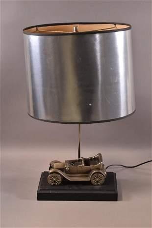MODEL CAR TABLE LAMP