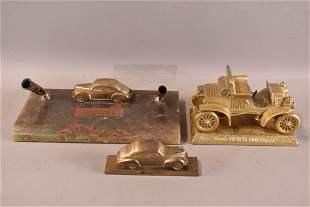 CAR INK PEN HOLDER & 2 CAST METAL CARS