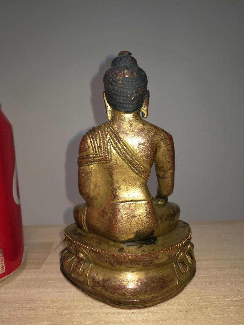 Tibetan Gilt Bronze Seated Buddha 17th C. - 3