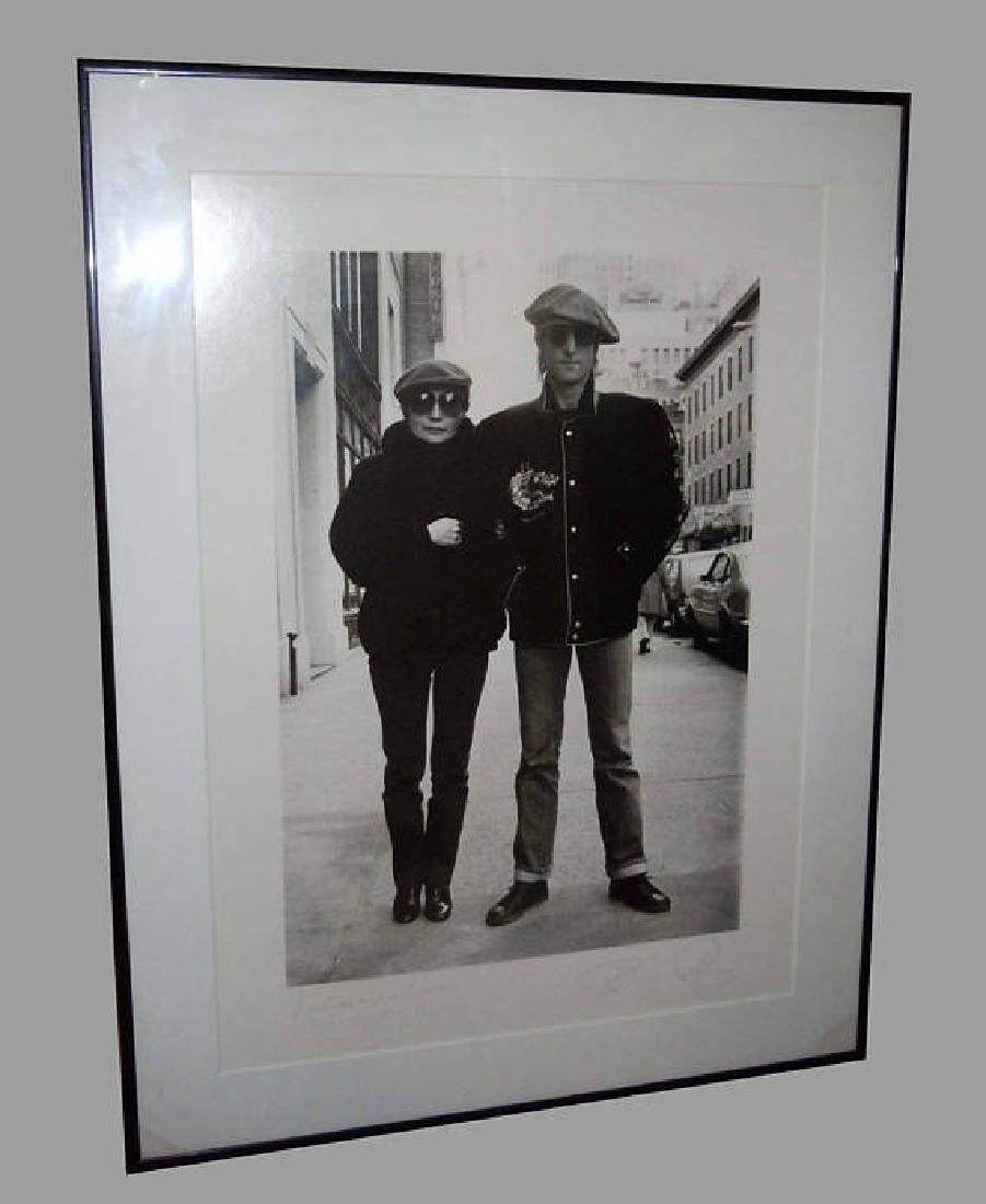 Bob Gruen American photographer Yoko Ono & John Lennon