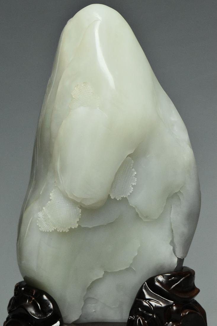 A QING DYNASTY WHITE JADE GUANYIN BOULDER & STAND - 10