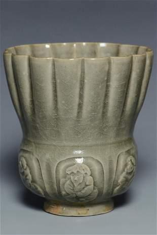A SONG DYNASTY YAOZHOU CELADON JAR AND BOX