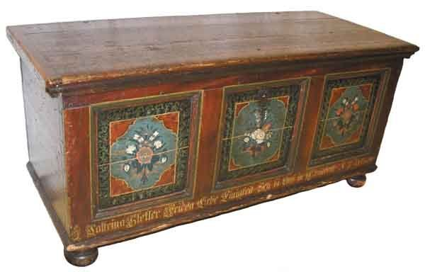 19: 18th C,. Pennsylvania Dutch blanket box