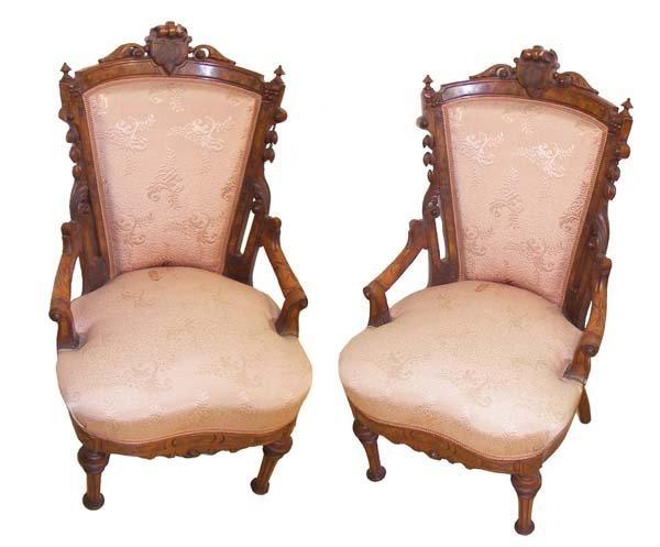 21A: Pr. Renaissance walnut hip rest side chairs