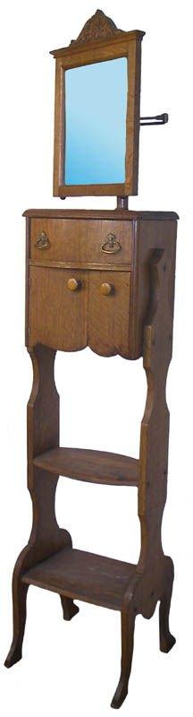 29: Circa 1890 American Quartersawn Oak shaving stand